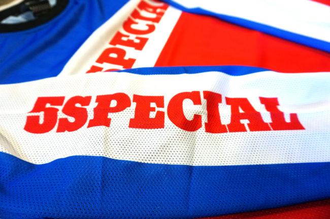 5special-Trail-Jersey-detalle